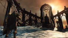 Dark Souls 2: Crown of the Old Iron King - игра от компании From Software