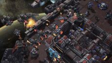 StarCraft 2: Legacy of the Void похожа на Mad Rocket: Fog of War