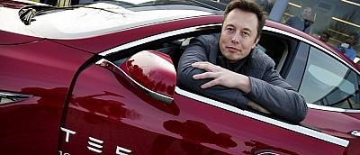 Илон Маск рассказал, что в автомобили Tesla уже портируют движки Unity и Unreal Engine