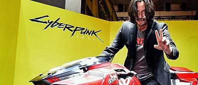 Киану Ривз сфоткался на мотоцикле главного героя Cyberpunk 2077