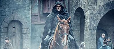 Появилось много новых кадров «Ведьмака» от Netflix — рука кикиморы, Геральт и Плотва